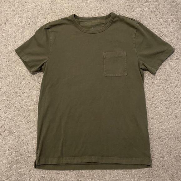 Banana Republic Pocketed T Shirt